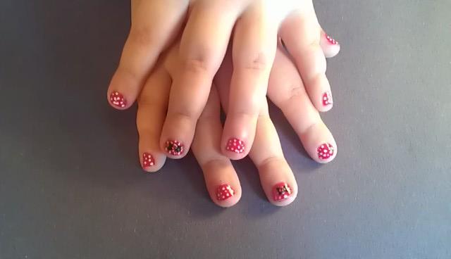 ... Nail Art Polish Beauty tips for Women 272 - Mickey Mouse Bluebrainreviews.com